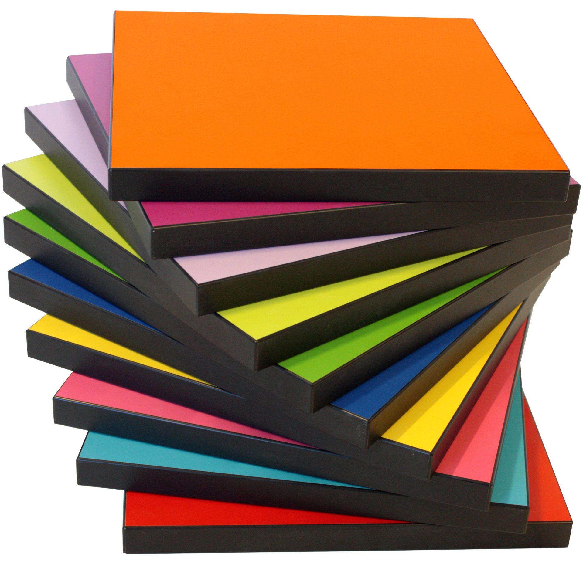IF bordplader i mange forskellige farver